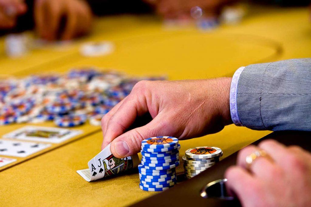 Using Poker Codes in Poker Online