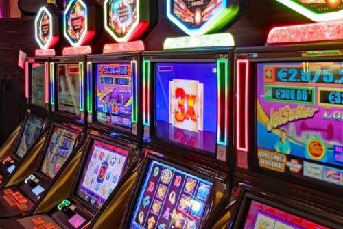 BEGINNER'S GUIDE TO ONLINE GAMBLING GAME SERVERS