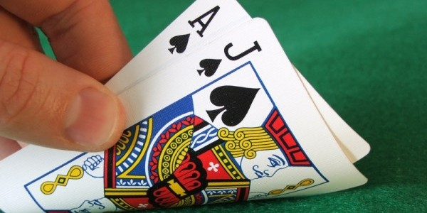 Why Online Andar Bahar Real Cash Worth Playing?