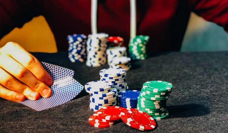 Get To Understand More About Slot Games